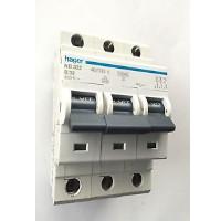 Hager NB332 32Amp Type B Three Phase MCB -
